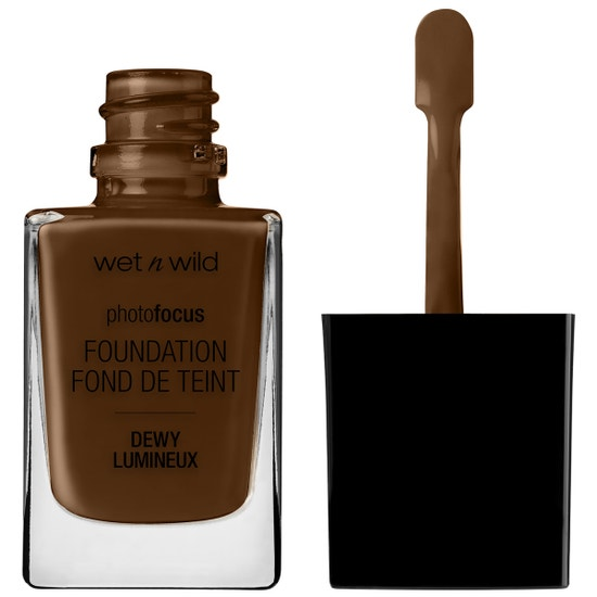 Wet n Wild | Photo Focus Dewy Foundation- Walnut - Product front facing with cap off on a white background