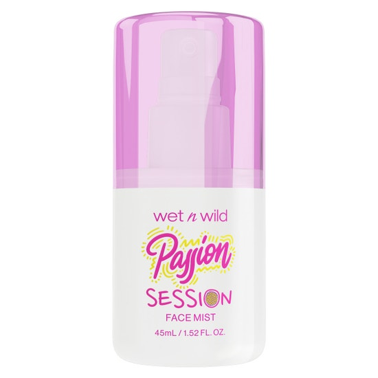 Passion Session Face Mist | Wet n wild | Product front facing cap fastened, with no background