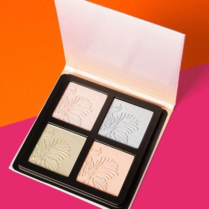 Vegan highlighter palette